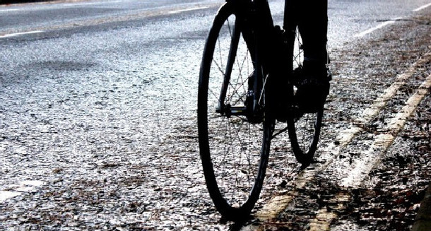 Cyclescheme How to: Stay upright on slippery roads